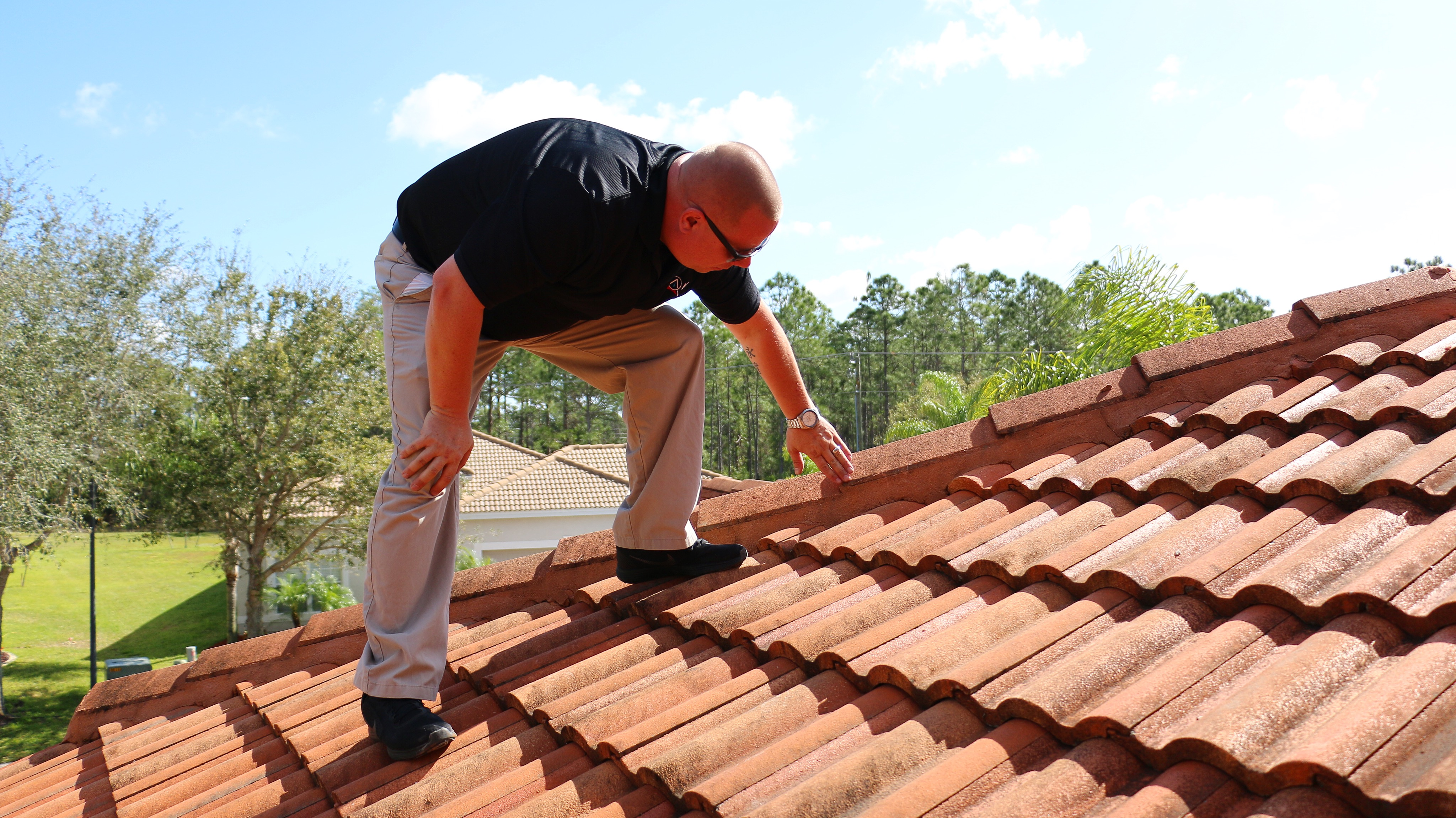 Roof leaking in Sarasota | When You Have a Roof Leak